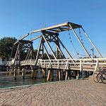Erinnert ein wenig an die Klappbrücken in Holland