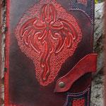 Couvre-livre en cuir réalisé par Olivier