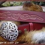 "Ceinture de cuir emblème ""Dragon""."