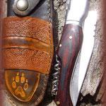 Etui en cuir pour couteau réalisé par Olivier