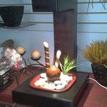 Fuente mesa Lateral Barro con Madera y Luz 40 cm largo 40 cm ancho 55 cm altura $ 980.00