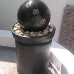 Fuente Barro Esfera pedestal de Cilindro 1.00 Mt. Altura 50 cm. Ancho $ 1650.00