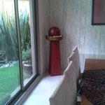 Fuente de Esfera con Pedestal Madera de 1.50 Mts Altura $ 1950.00