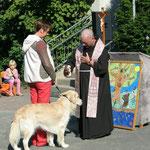 Tiersegnung zum Fest unseres Schulpatrons mit Pater Herbert, Neviges