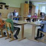 September 2011: Erste Sitzung eines Schülerparlamentes, nachdem sich Schüler gemeinsam erfolgreich für den Erhalt des großen Klettergerüstes auf dem Schulhof eingesetzt hatten.