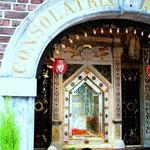 Hier am Gnadenbild betete am 2. Mai 1987 Papst Johannes Paul II.