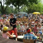 Im Kulturhauptstadtjahr 2010 feierten wir mit Schulen aus Essen, Unna, Ungarn und Vertetern aus Istanbul ein Friedensfest