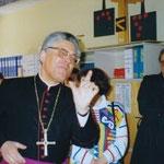 Rede des Bischofs im alten Lehrerzimmer (heute Werk- und Lehrmittelraum)