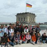 2006 und 2010 nahmen Schüler am Kindertag des Deutschen Bundestages teil und besuchten den heimischen CDU-Abgeordenten Dr. Ralf Brauksiepe.