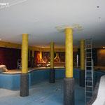 Raundesign im Schwimmbad und Schwimmbecken