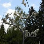 Im Oktober 2012 wurde in Emmingen die Lenk-Skulptur enthüllt.