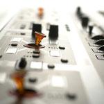 Neuronaler Synthesizer / HARTMANN-MUSIC (D)