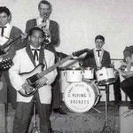 JOHNNY SPACE & his FLYING ROCKETS (1963) vlnr: Ger Raeimakers - Rob de Gruijter - Rudy de Lion - Bert Nuchelmans - Nico Brokx - Peter van Gorp