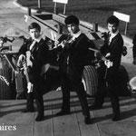 THE SAPPHIRES (staande op dieplader Van Twist) vlnr: Arthur Krijgsman - Arthur van Vliet - Rob Pool - Charles Devoet - Hans van Koeveringen (fotocollectie: Arthur Diks)