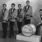 THE DESMOUNTS 1964 vlnr: John Lauterbach -   Frits Hempelman - Samso Resodihardjo -Steve Biesot - Paul van den Berg