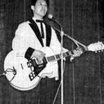 OSCAR REMEEUS met Egmond gitaar (1961)