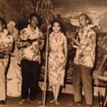 Rudi Wairata & his Hawaiian Minstrels - vlnr: Rudi Wairata, Finus Wattimena, Ilse Hollard, Charlie Kuipers en Job Young