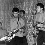 THE ROCKIN' TEENS 1959 - Bennie Tönjes, Arie Mosies, Boudie Rhemrev en Hennie Breukers.