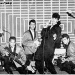 THE ORIËNTALS met zanger JOHN FABRICE (1963) vlnr: Benny van Ede v.d. Pals - Flip van Franquemond - Rob Boekholt - John Fabrice - Freddy Rader- Jack van Beek