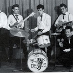 THE BLACK DEVILS ca. 1959 vlnr: Hans Kremers - Jimmy Schöne - Carly Schöne - Benny Stevens - Rex von Harras
