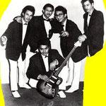 THE SURIE BROTHERS 1964 Op de voorgrond zittend Peter Lattman