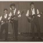 THE BLACK HUNTERS 1962 vlnr: Jimmy Kalff, Jeffrey Sijmens en Gerard de Boer