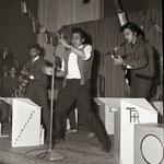 THE BLACK EYES uit Drachten tijdens songfestival in De Beurs, Leeuwarden (1961)