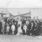 Hochzeit Kessler Karl und Maria geb. Zillig; Brauteltern Thomas Zillig (Hirschwirt); l.Reihe Lehrer Karl Berg