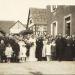 Hochzeitsgesellschaft Dr. Kästel Viktor und Auguste geb. Mohr; Mohr Karl, Mohr Jakob