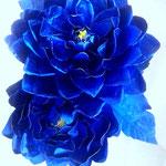 création fleurs en papier aluminium décoration boutique  éphémère Paris
