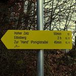 ....nun folge ich einige Minuten dem Weg 10 und wechsle, dann auf den Weg 11, welcher steil hinauf zum Gipfel führt....