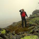 ein kräftiger Sturm und sehr frisch, Gipfelfoto und wieder runter