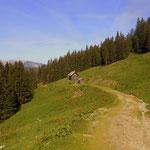 die Bärntalhütte noch geschlossen, der Almsommer beginnt am 1. Juni