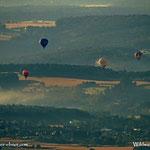 ....Heißluftballone über dem Pöllauertal.