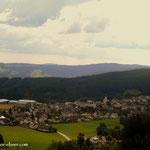 ....hinüber nach Fischbach, hier der Blick von der Gmoa nach Fischbach.