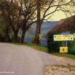 """beim """"Hansl im Winkl"""" führt mein Weg nun links, der Straße folgend, hinüber zum """"Antoni Taferl"""""""