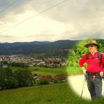 nach einem intensiven Abstieg, der erste Blick ins Mürztal, Mitterdorf im Mürztal ist erreicht