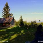 .....nach der Andacht ein wenig relaxt und die Ruhe genossen, da oben auf dem Kraftplatz, auf der Wildwiese......