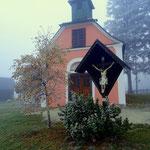 ....die Waldhauserkapelle, heute wurde wieder eine neue Kerze entzündet....