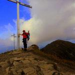 Die Mörzelspitze (1830 m), jetzt geht es entlang am First....
