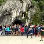 die Grotte von Lourdes