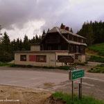 ...Pfaffensattel, ein Gasthaus zerbröselt so vor sich hin....