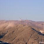 ....der Windpark am Fürstenkogel lugt durch die Nebelwand.....
