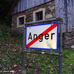 Der Weg führt mich hinaus aus Anger, entlang des Zetzbaches wandere ich.....