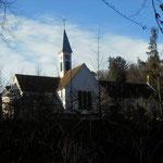 die Wallfahrtskirche ist in Sicht