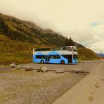 ...auf die Formarin Alpe. Hier werden die Wanderer mit Bussen bis zum Formarinsee transportiert.