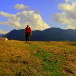 ....mein Weg führt mich vorbei an der Weißefluhalpe zum meinem Etappenziel....