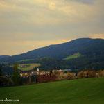 """kurz vor dem Gehöft """"Grafen"""" ein Blick zurück nach Wenigzell"""