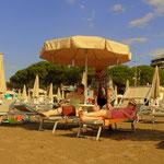 einen schönen Tag am Strand in Grado verbracht