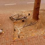 ...lass den Fahrrad nicht allein, sonst gehst du zu Fuß nach Hause